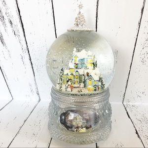 "Thomas Kinkade ""Home for the Holidays"" Snow Globe"